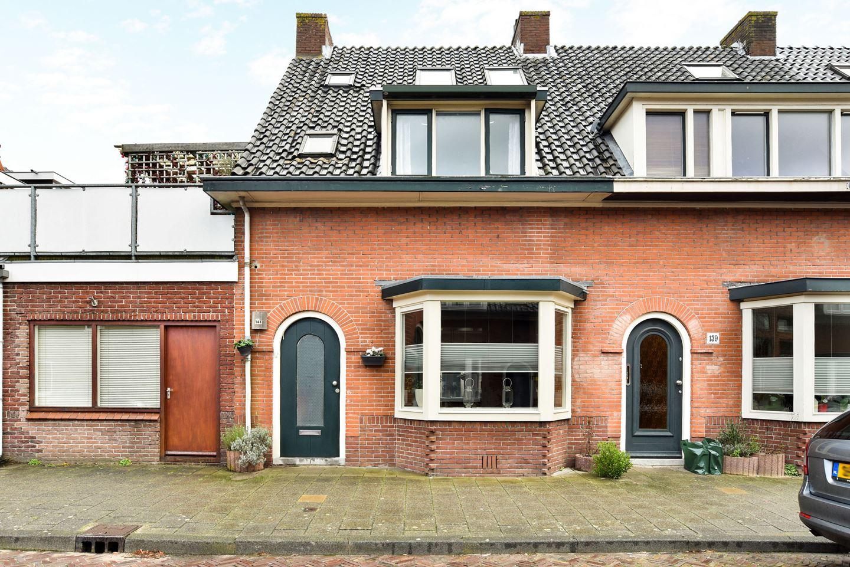 '30 jaren huis, helemaal gerenoveerd.
