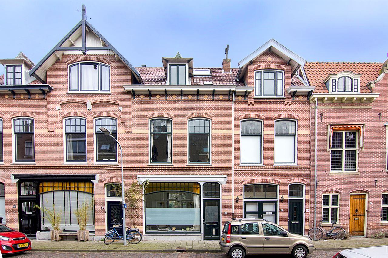 Prachtig Herenhuis in de Koninginnebuurt in Haarlem zuiver makelaars